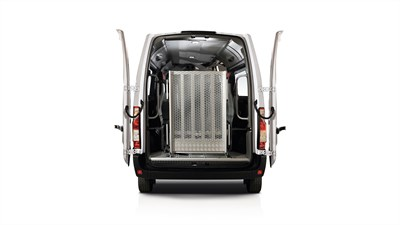 Renault MASTER - 270° rear door