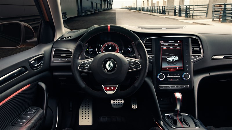 Renault MEGANE R.S. interior design dashboard