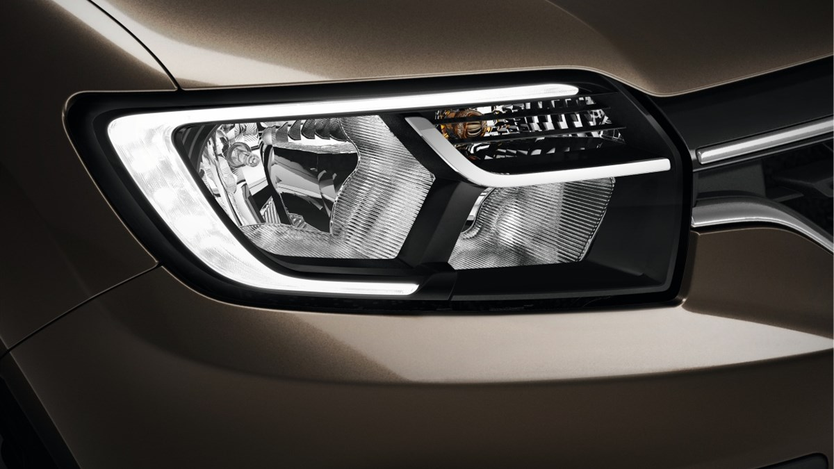 Renault SYMBOL C-shaped front LED light