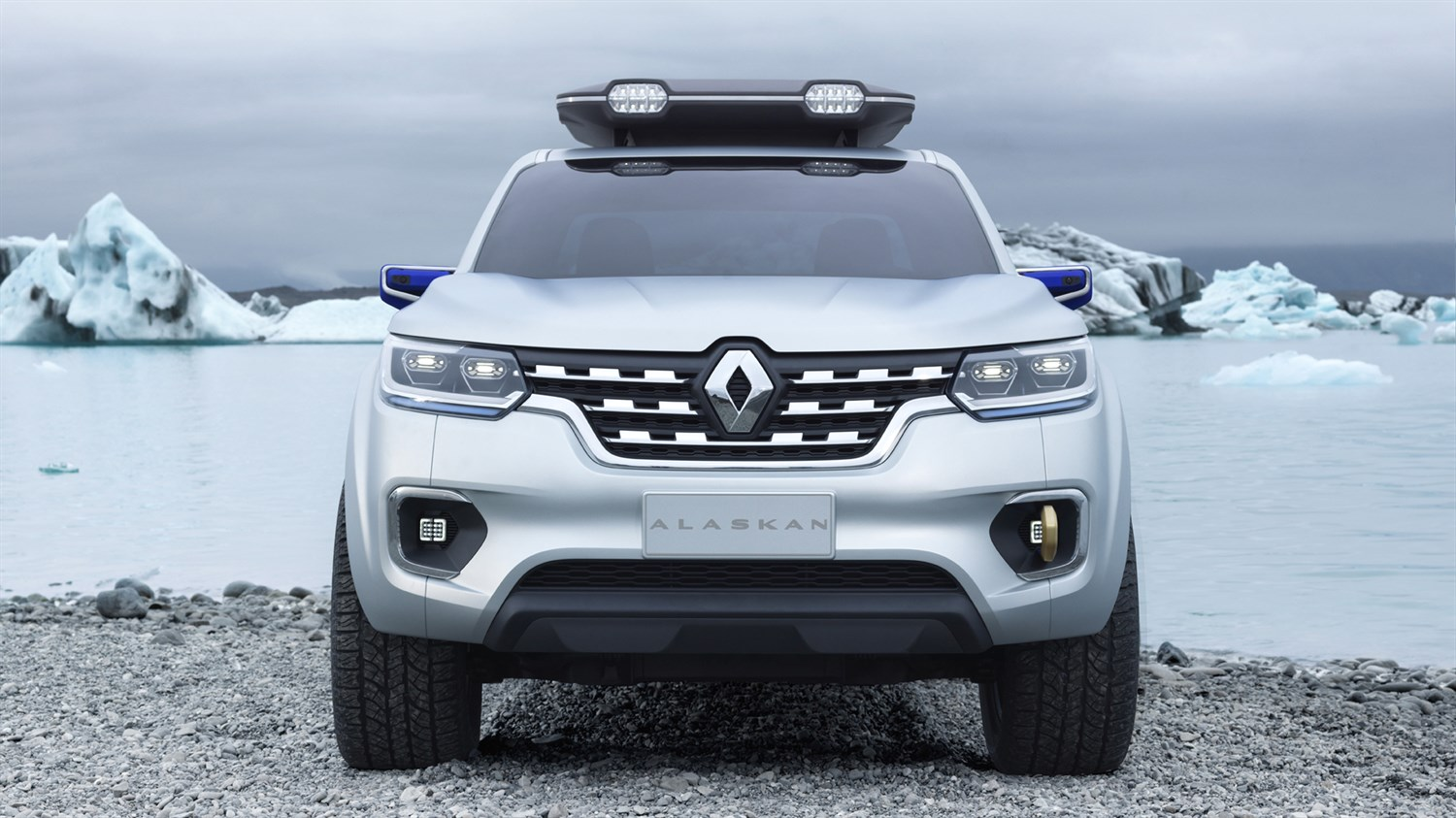 Renault ALASKAN Concept - Front end - Landscape of the Far North